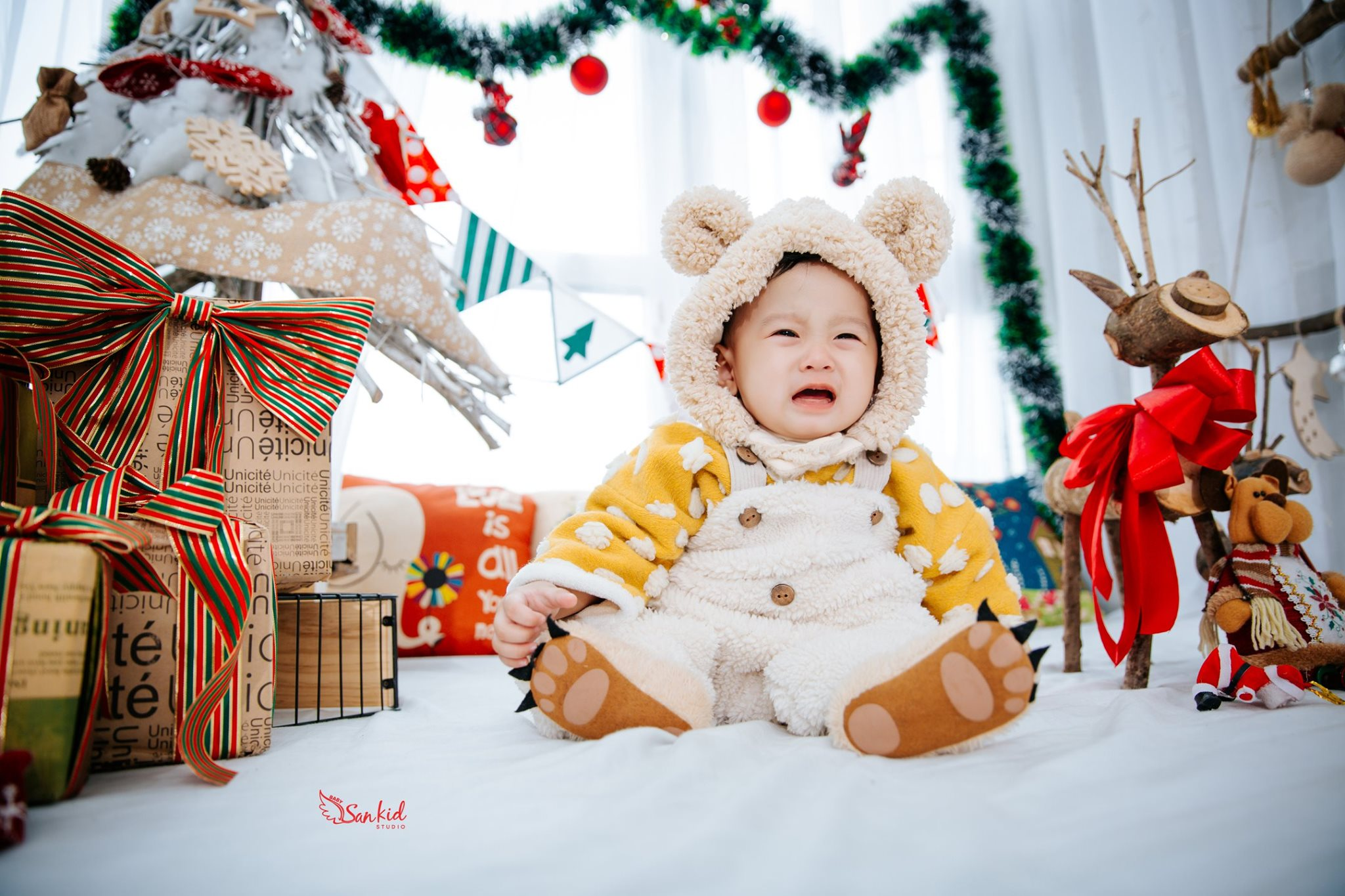 Ảnh đẹp bé yêu mùa Noel 4
