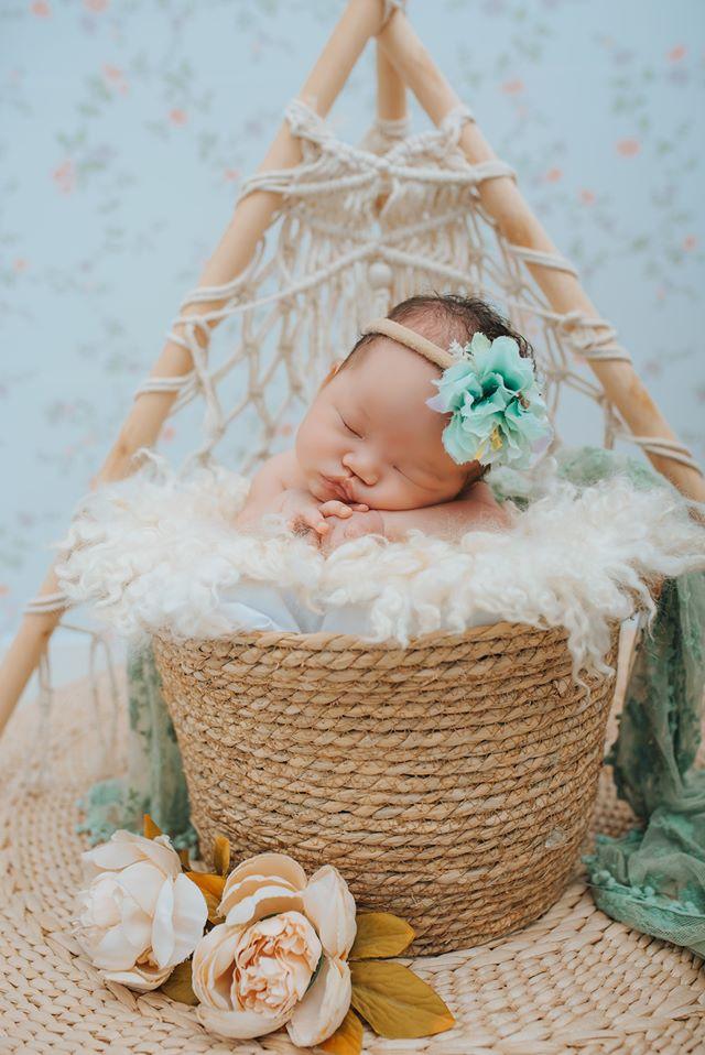 chụp ảnh newborn