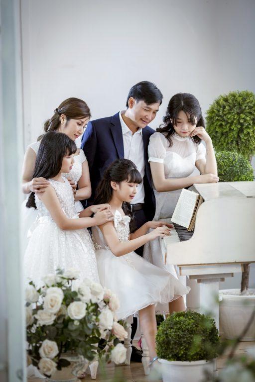 chụp ảnh gia đình 5 người đẹp nhất