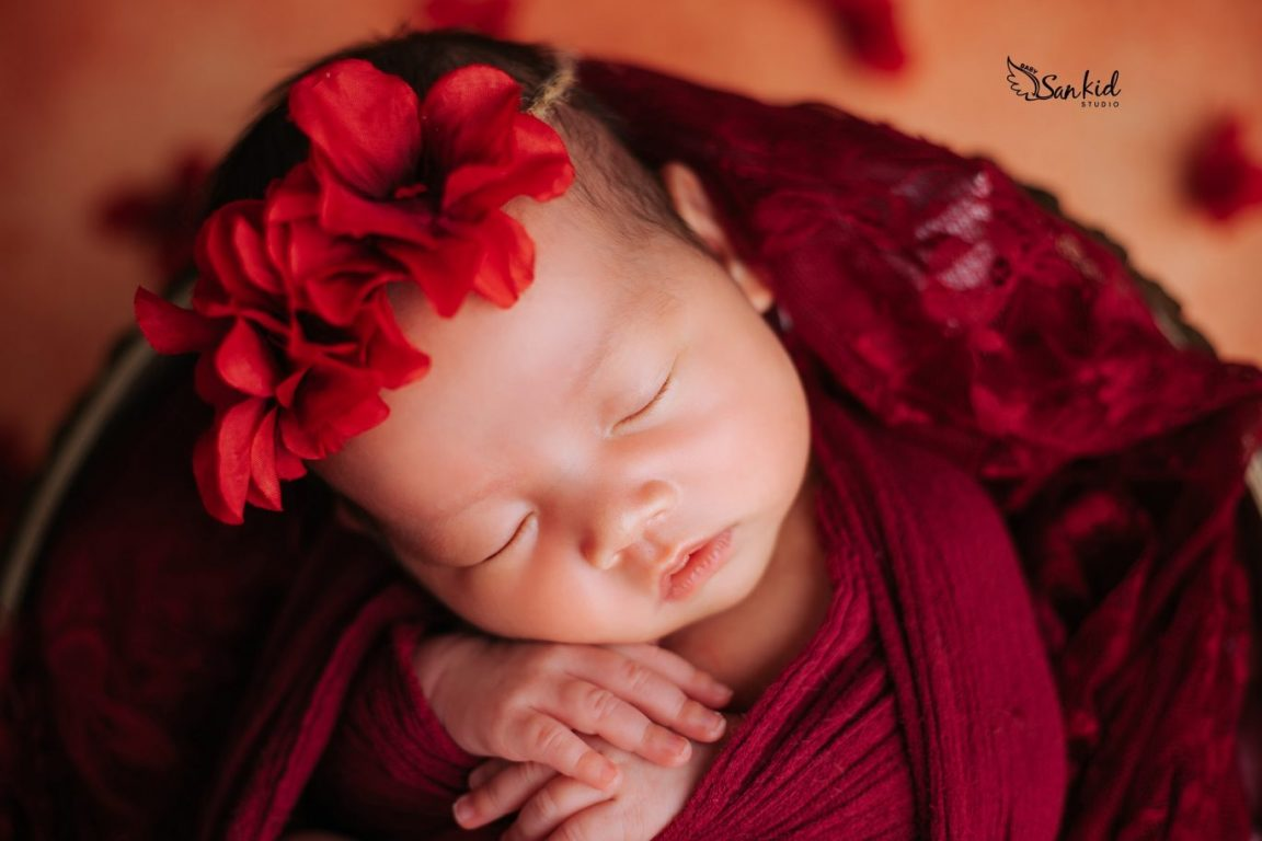 Bộ ảnh bé sơ sinh đẹp dễ thương