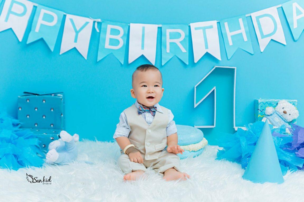 Ảnh sinh nhật bé trai 1 tuổi