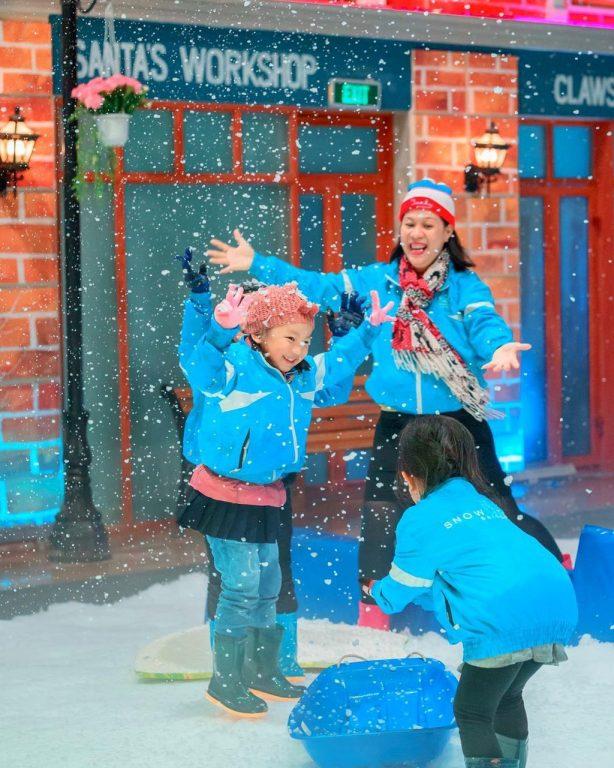 dia-diem-vui-choi-cho-be-vui-choi-cuoi-tuan-snowtown-o-tphcm