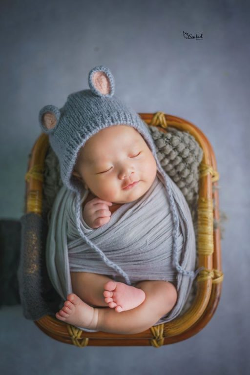 Chụp ảnh sơ sinh cho bé dễ thương
