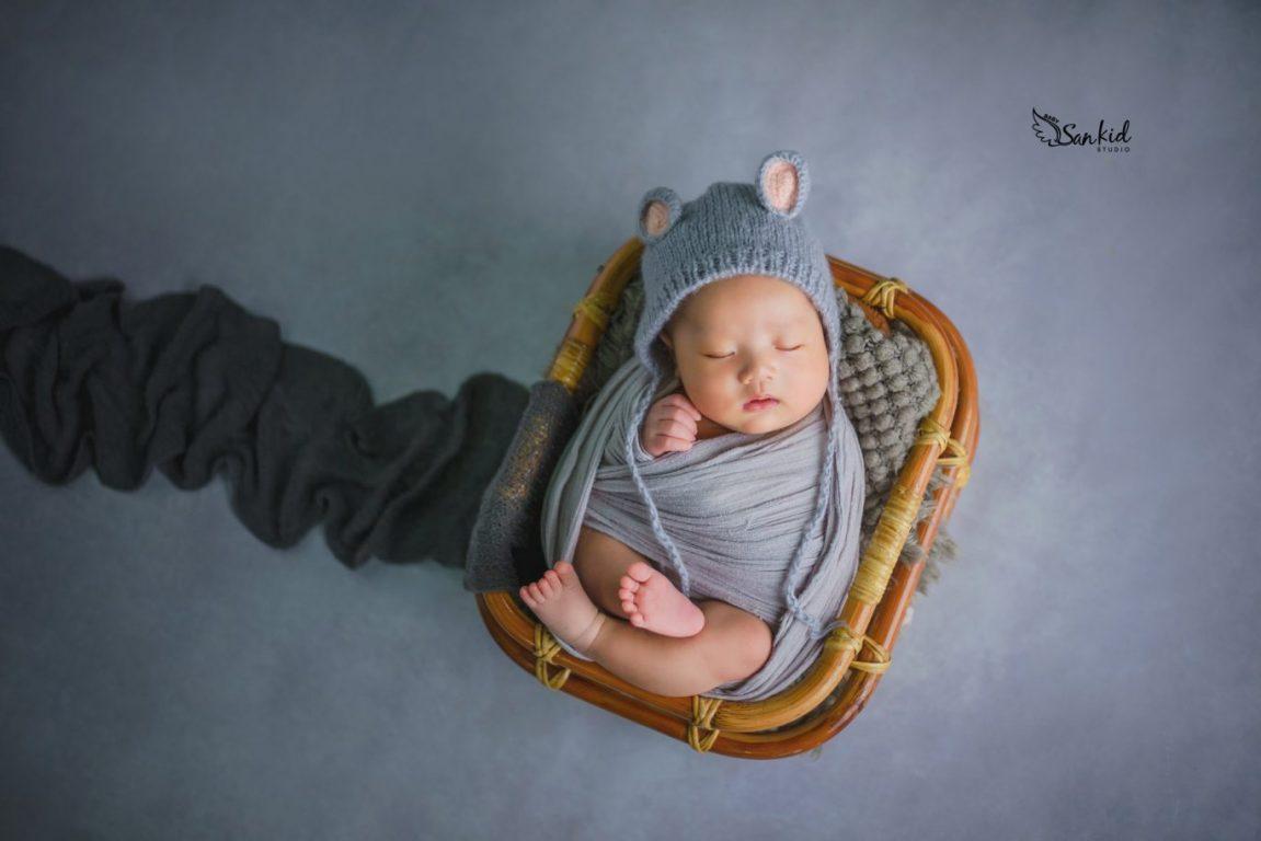 Chụp hình bé sơ sinh ngủ say