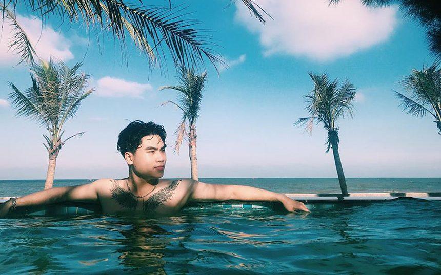 Kiểu chụp ảnh đầy nam tính view hồ bơi vô cực sang chảnh cho các bố