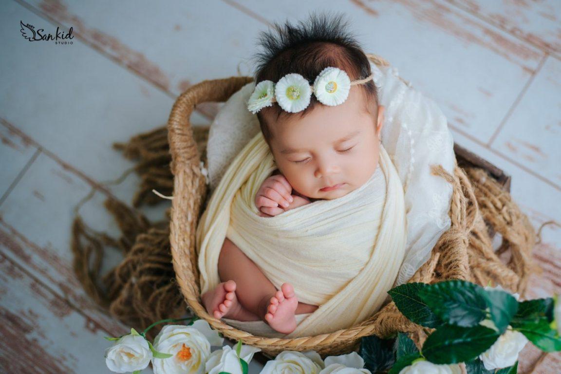 Cách chăm sóc bé sơ sinh đầu đời