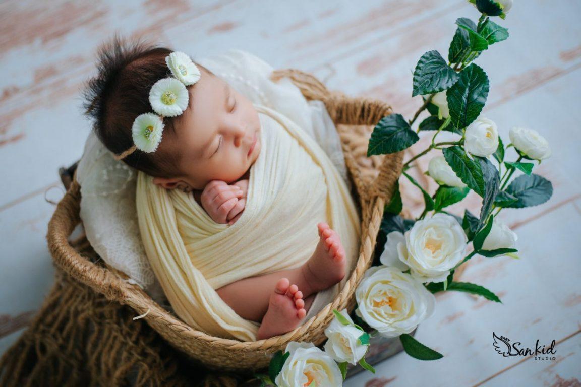 Album ảnh bé sơ sinh dễ thương say nồng trong giấc ngủ