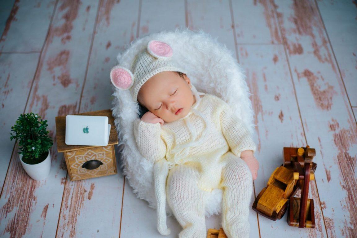 Album ảnh bé sơ sinh dễ thương, đáng yêu ngủ say
