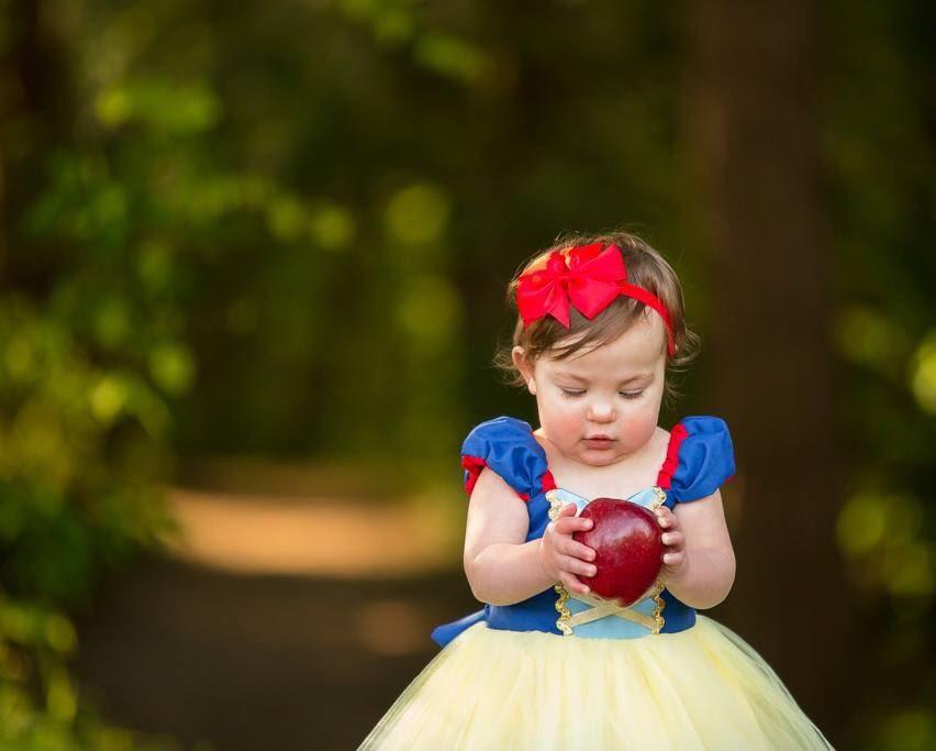 Chụp ảnh cho bé trong concept nàng công chúa Bạch Tuyết siêu xinh