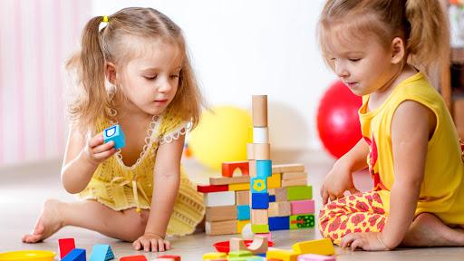Top những trò chơi tại nhà giúp bé sáng tạo, phát triển trí tuệ