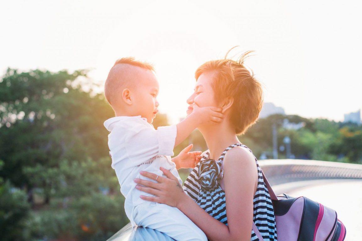 Chụp hình mẹ và bé dã ngoại tuyệt đẹp 01
