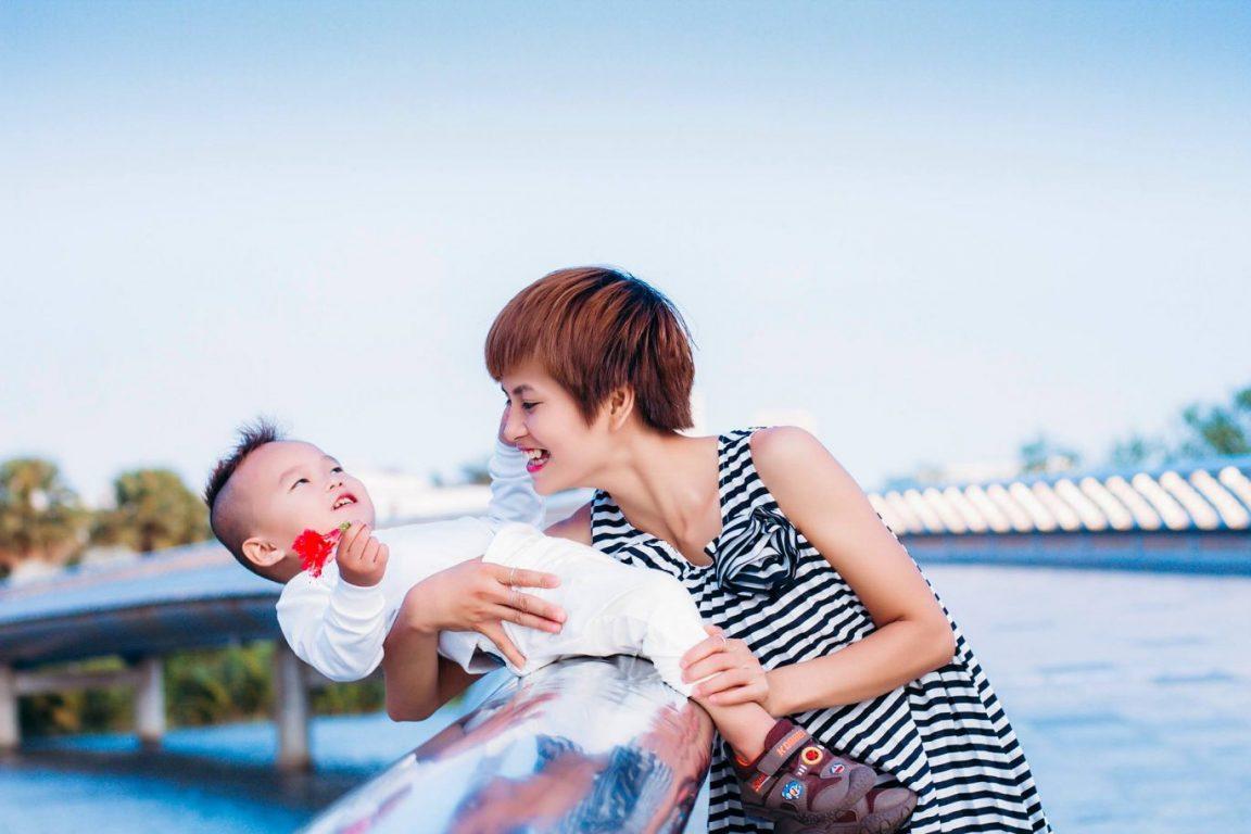 Tuyển taaph những mẫu ảnh mẹ và bé tuyệt đẹp 01