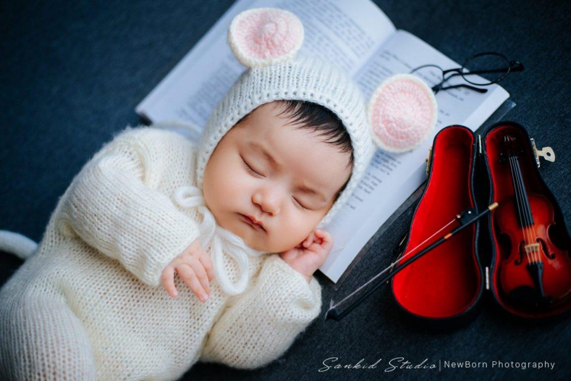 Album ảnh bé sơ sinh tại nhà đáng yêu 03