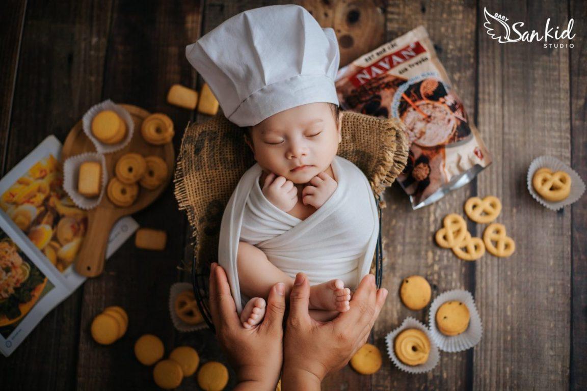 Chụp ảnh cho bé trong concept Vua Đầu Bếp Nhí 04