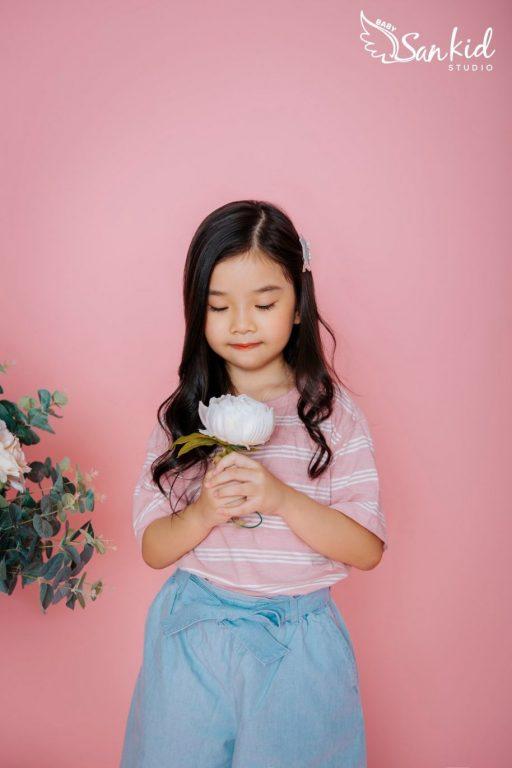 Hình ảnh bé gái đáng yêu, dễ thương 01