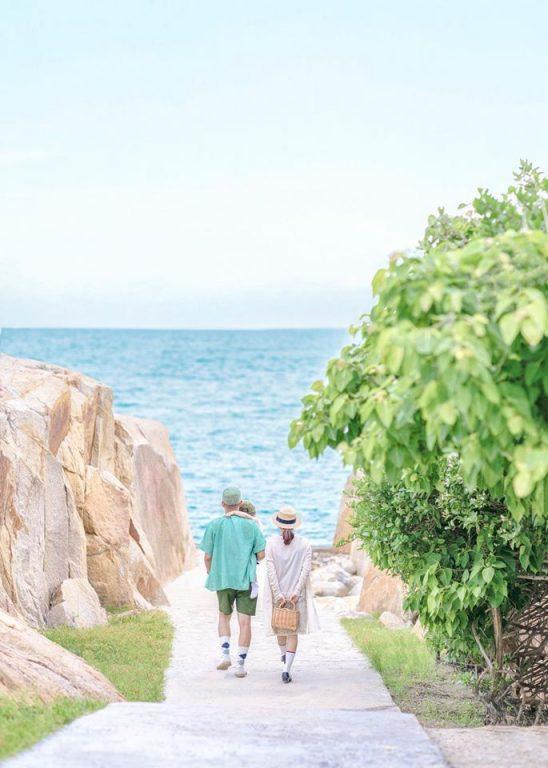 Những tạo dáng chụp hình gia đình du lịch ở biển kiểu Hàn Quốc cực hot
