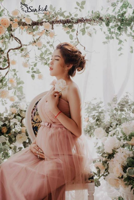 """Mẹ bầu """"Sành Điệu"""" với những mẫu váy bầu công sở đẹp tinh tế"""