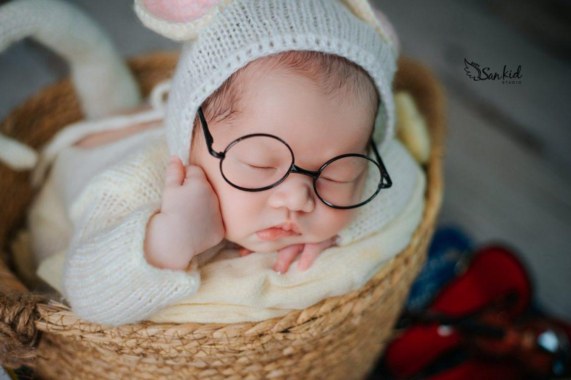 Chụp ảnh newborn cho bé đẹp đáng yêu tại nhà 06