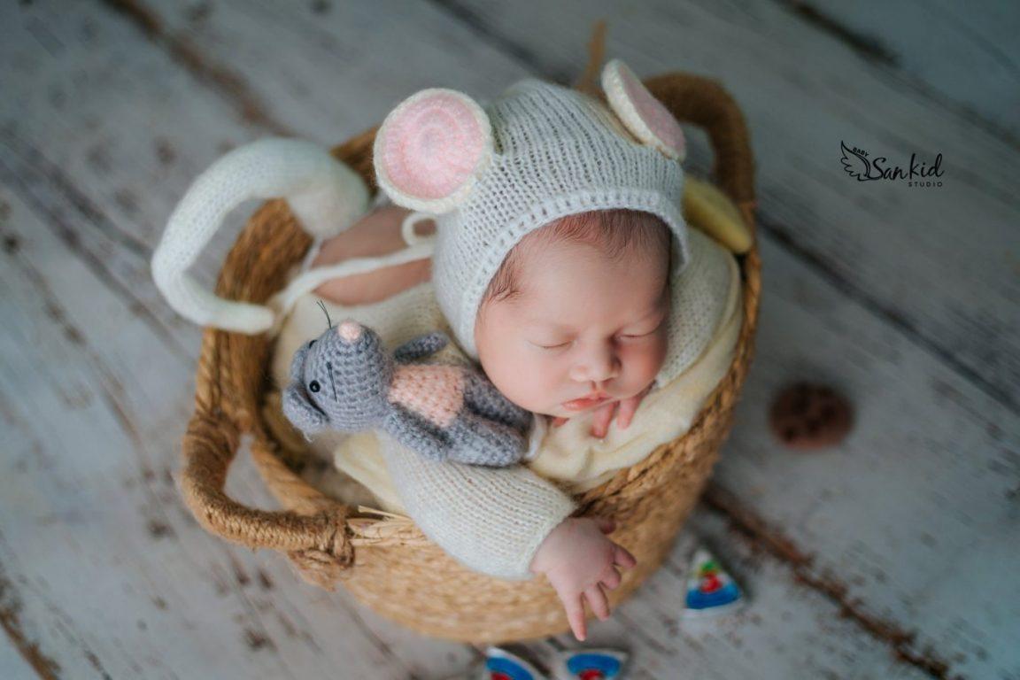 Chụp ảnh newborn cho bé đẹp đáng yêu tại nhà 07