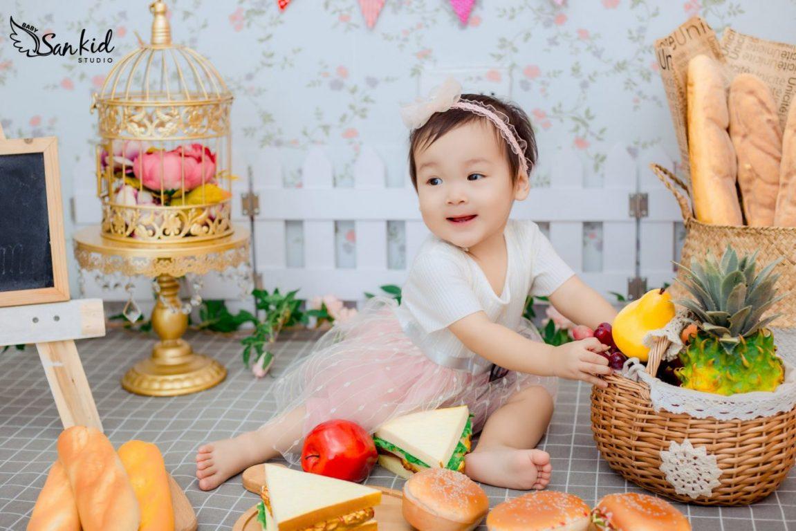 Phụ kiện chụp ảnh cho bé bằng mô hình đồ ăn