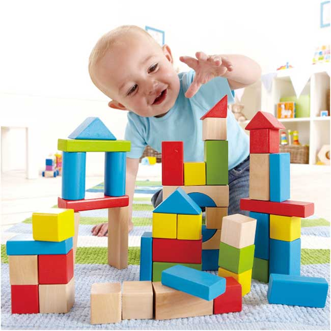 Trò chơi lắp ráp hình tăng khả năng sáng tạo cho bé