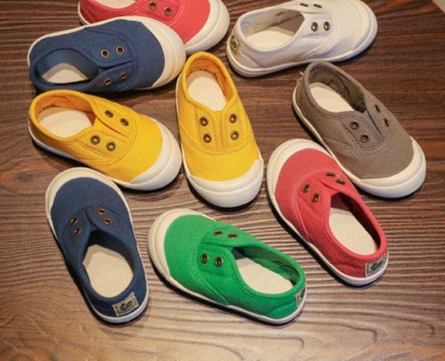 Những mẫu giày lười cho bé trai năng động, ấn tượng