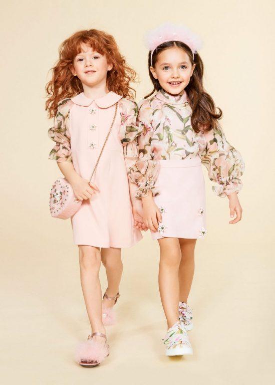 Màu sắc đơn giản là xu hướng ưa chuộng cho thời trang trẻ em 2020