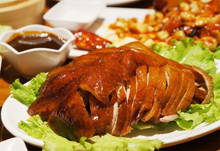 Những món ngon tại phố Trung Hoa giữa lòng Sài Gòn