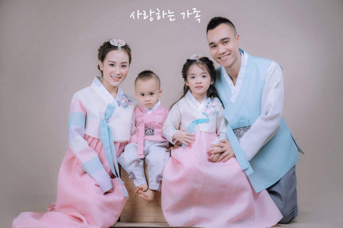 Top studio chụp hình gia đình kiểu Hàn Quốc đẹp ở TPHCM
