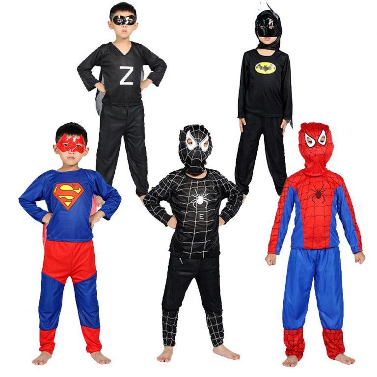 Hóa thân thành các siêu anh hùng trong trang phục Halloween cho bé trai
