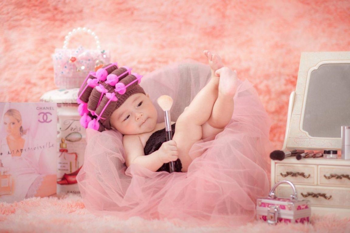 Chụp ảnh trẻ em Hóa thân thành quý cô cổ điển thời thượng