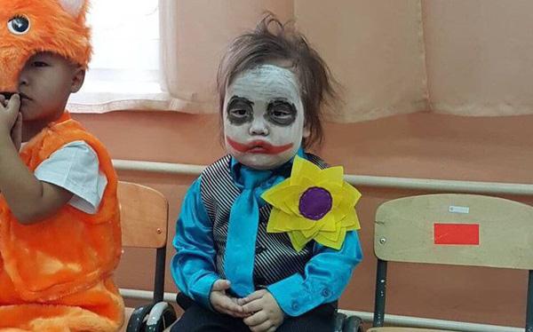 Cách hóa trang nhân vật Joker thu hút đêm Halloween