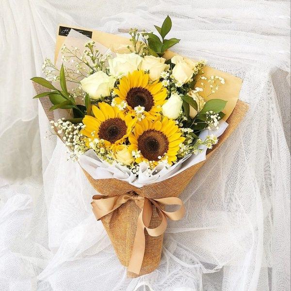 Cách chọn những đóa hoa đẹp tặng thầy cô 20-11