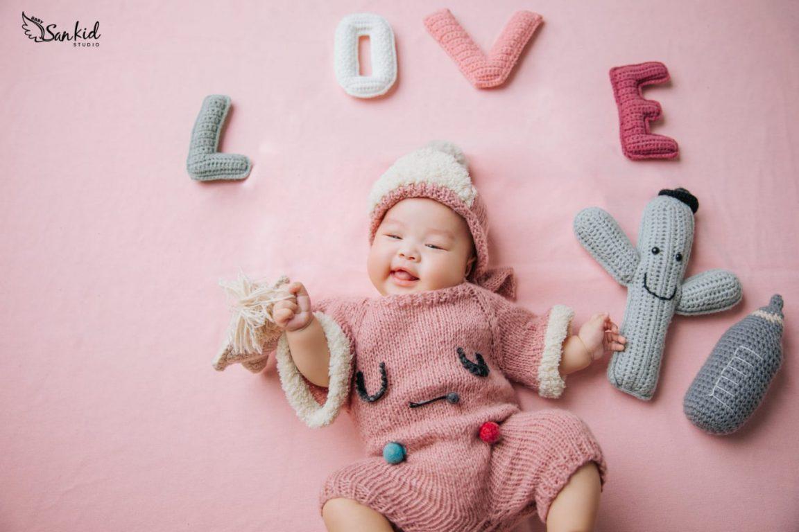Những lưu ý khi chọn quần áo mùa đông cho bé